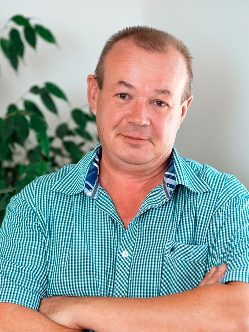 Дмитрий Старцев