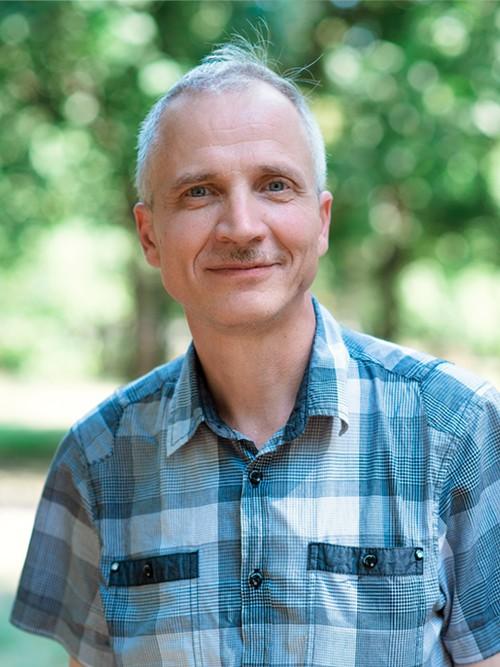 Олег Завязкин